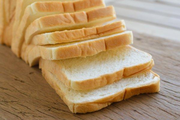 Jangan Cuma Dioles Selai saja, Buatlah Olahan Lain dari Roti Tawar dengan 10 Resep Camilan Roti Tawar Ini