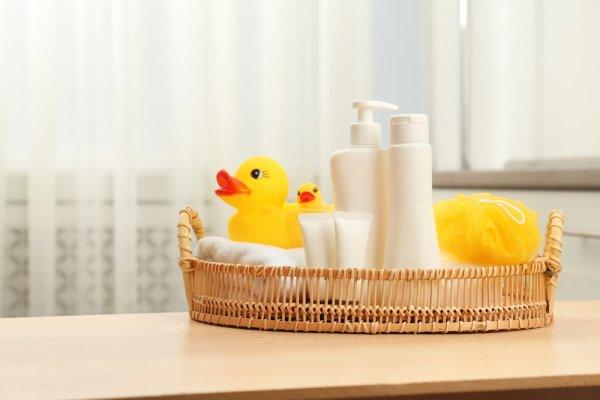 Untuk Bayi Berkulit Sensitif, Gunakan 10 Rekomendasi Sabun Bayi dari BP-Guide (2020)