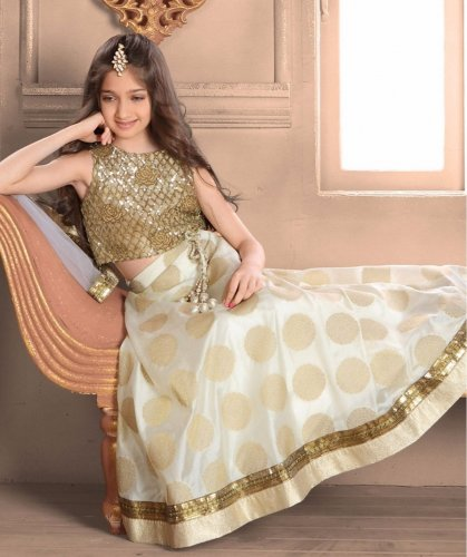 e7f07627b Dress Her Up in These 10 Heartbreakingly Adorable Lehengas for Baby ...