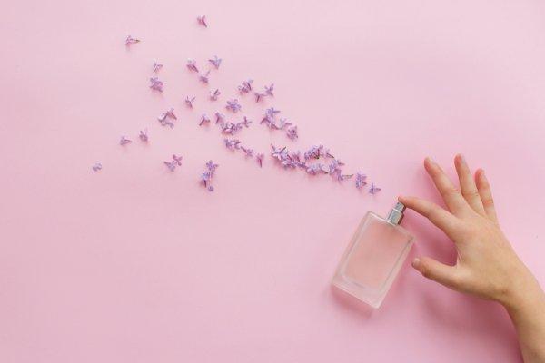 10 Rekomendasi Parfum Zwitsal untuk Kamu yang Ingin Selalu Wangi! (2020)