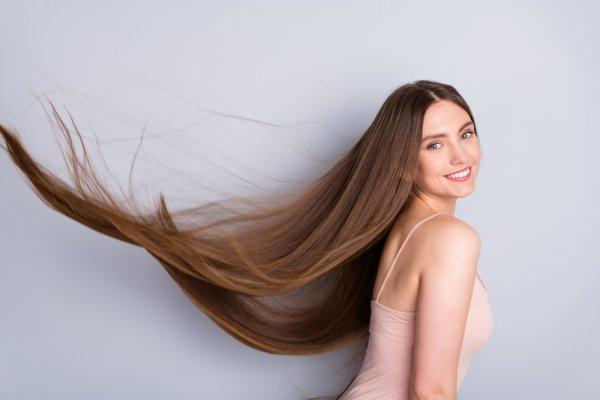 Rambut Lurus Tanpa Ribet dengan 10 Rekomendasi Sampo Pelurus Rambut Berikut Ini (2021)