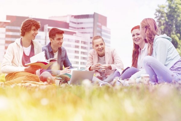 Masih Mau Kuliah di Luar Negeri? Inilah 4 Tantangan yang Bakal Kamu Hadapi