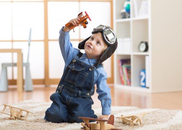 Asah Kreativitas Bersama Anak dengan 9 Ide Mainan Edukatif yang Terbuat dari Barang Bekas