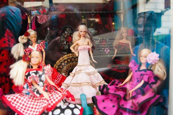 9 Boneka Barbie Cantik untuk Para Penggila Fashion