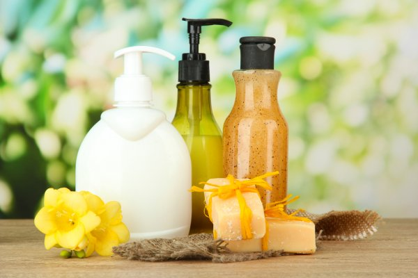 10 Pilihan Sabun Cair agar Kulit Lembut dan Memikat