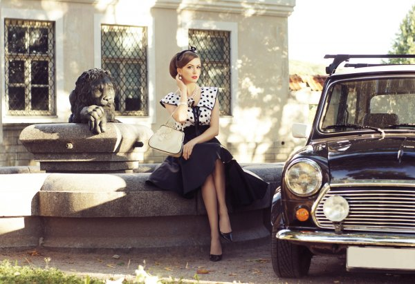 Tampil Gaya dengan 10 Model Pakaian Vintage Wanita Plus Inspirasi dari 4 Selebgram Ternama