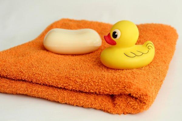 Jangan Asal Pilih Sabun untuk Bayi, Ini Tips dan 10 Rekomendasinya!