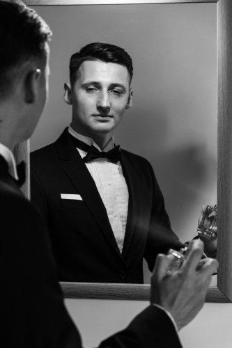 15 Rekomendasi Parfum Pria Terbaik Versi BP-Guide yang Bisa Meningkatkan Suasana Hati Anda
