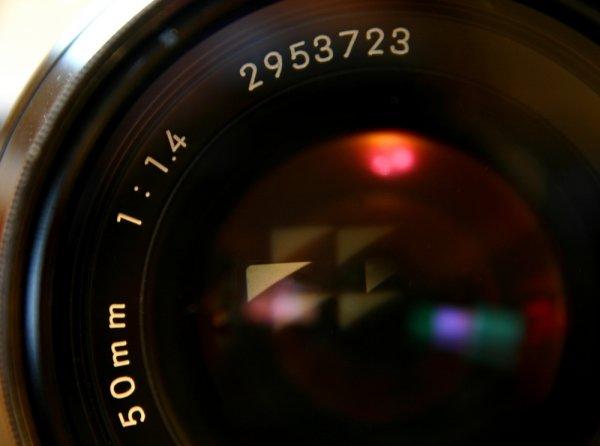 Cari Kamera Kualitas Pro? Anda Wajib Tahu 9 Rekomendasi Kamera Canon EOS Terbaik!