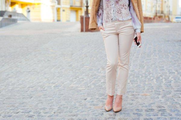 Tampil Keren dengan 10 Rekomendasi Celana Wanita Kekinian yang Paling Diminati Ini (2020)