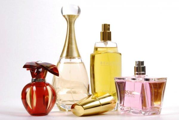 Temukan Aroma yang Memikat dari 10+ Rekomendasi Parfum Menyegarkan untuk Pria dan Wanita Berikut Ini