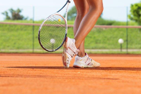 Cermat Memilih Sepatu Tenis dan 10 Rekomendasinya untuk Menunjang Permainanmu di Lapangan (2019)