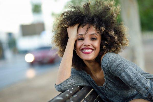 9 Rekomendasi Produk Perawatan Rambut 2018 yang Harus Dimiliki Pemilik Rambut Keriting