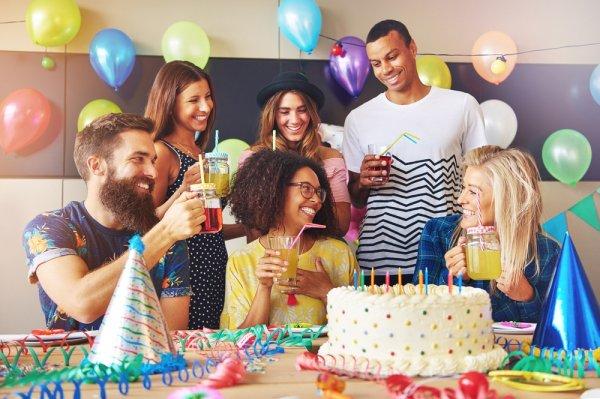 Jangan Mau Sama, Inilah Hadiah Ulang Tahun Yang Unik Untuk Temanmu