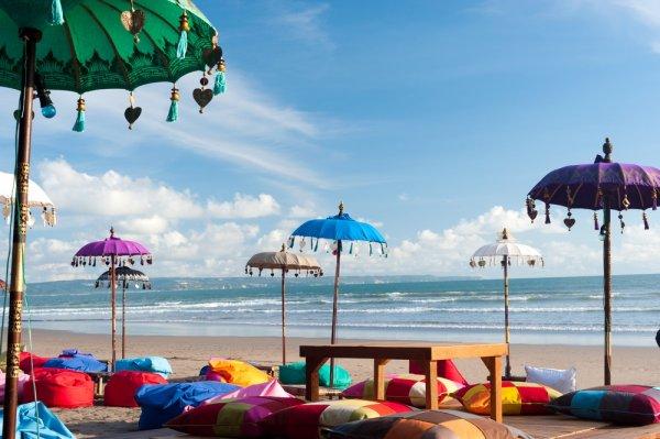 Mau Nginep Asyik di Pinggir Pantai? Cobain Deh 10 Hotel Dekat Pantai Kuta yang Layak untuk Disinggahi Ini!