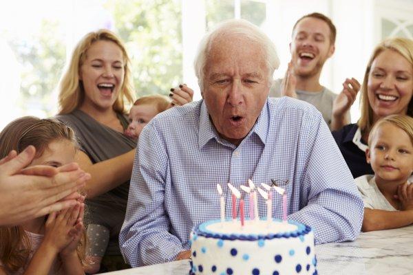 10 Rekomendasi Kado Untuk Jadikan Ulang Tahun Ayah Anda