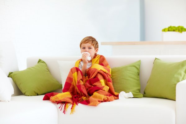Segera Berikan 10 Rekomendasi Obat Batuk Pilek Anak Saat Anak Mengalami Gejalanya! (2020)