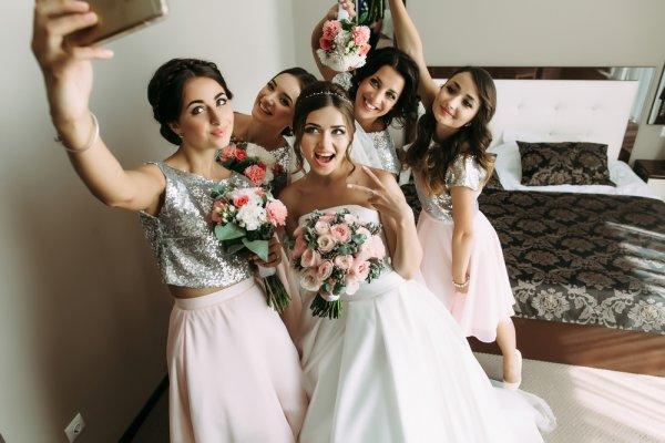 15+ Ide dan Inspirasi Kado Pernikahan Sahabat Wanita yang Murah di 2017