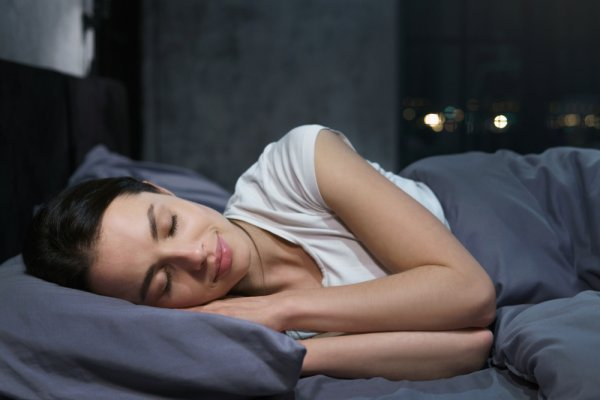 Want to Claim the Best Sleep Ever? Here Are 10 Tips on How to Sleep Well; It Will Help You to Ease Yourself into Dreamland (2020)