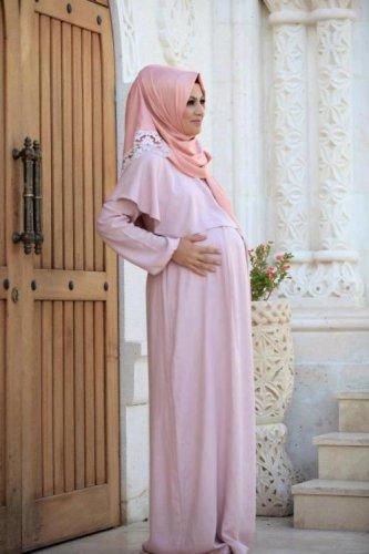 10+ Baju Hamil untuk Muslimah Plus Tips Memilih Busana yang Pas