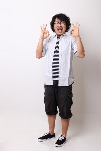 9+ Pilihan Celana 3/4 Pria Terbaru  yang Pas Sebagai Teman Santai Kamu