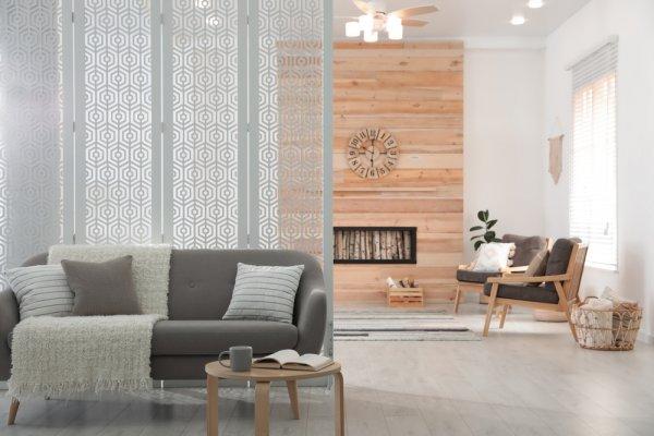 10 Ide Partisi Ruangan Tamu Paling Menarik dan Cocok untuk Rumah Minimalis
