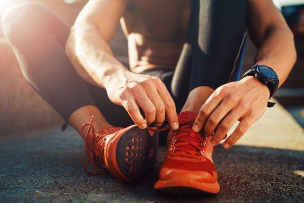 Nyaman Berolahraga dengan 10 Sepatu Reebok Modis untuk Pria