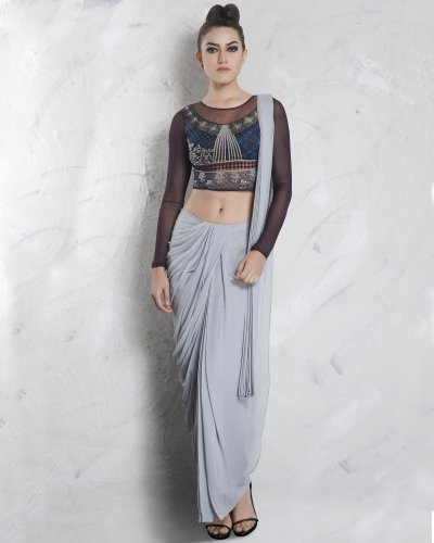 20cd60a0fa2 Upgrade Your Saree Look with a Crop Top. Our List of 10 Sarees with Crop  Tops ...