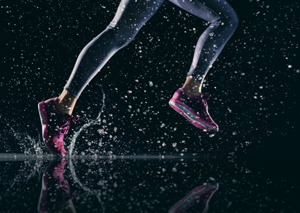 10 Rekomendasi Sepatu Olahraga Terbaik 2019 dari Asics yang Membuat Kaki Nyaman saat Berolahraga