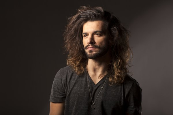 Have You Finally Decided to Grow Your Hair Up to Your Neck? Then You Need to Check These Hairstyles for Men with Long Hair (2020)