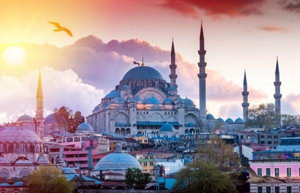 Berburu 9 Oleh-oleh Khas dan Unik dari Turki untuk Teman dan Kerabat di Tanah Air