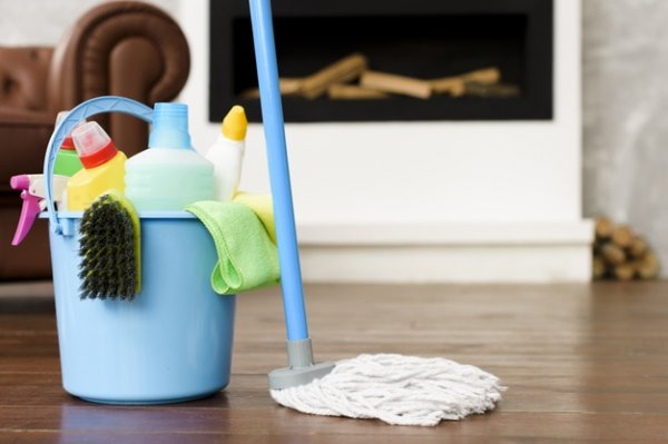 Bersihkan Rumah dengan 10 Rekomendasi Karbol Wangi yang Aman untuk Keluarga(2020)
