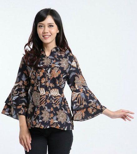 Batik Nggak Kuno, Girls! Inilah 5 Rekomendasi Busana Batik Masa Kini untuk Berbagai Acara yang Sedang Tren