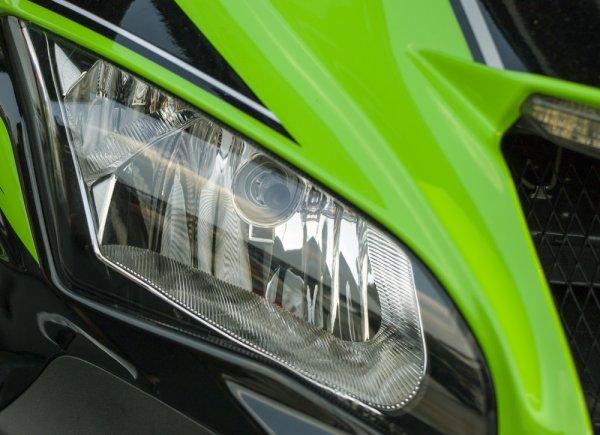 Jadi Raja Jalanan dengan 10 Rekomendasi Motor Sport Kawasaki Terbaru (2018)