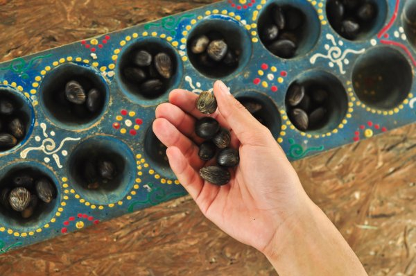 8 Rekomendasi Permainan Tradisional Jawa yang Seru dan Mendidik untuk Diajarkan kepada Anak