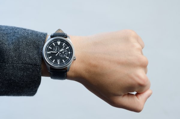 Tips Memilih Jam Tangan Jepang dan 10 Rekomendasinya untuk Pria (2018) e686760ce2