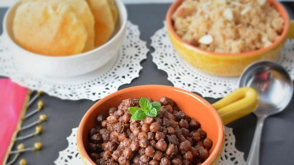 10 Special and Easy Prasad Recipes for Navratri to Seek Blessings of the Goddess, Because Any Event is Incomplete Without Prasad (2019)