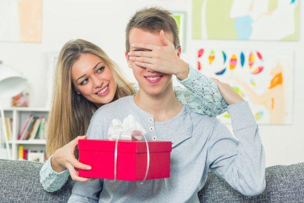 Cari Inspirasi Hadiah Valentine? Inilah 8 Ide Kado buat Pacar yang Unik Bikin Valentine Spesial Banget