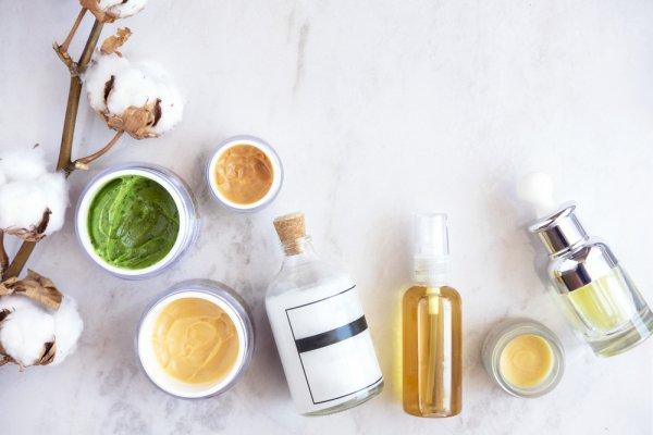 Jangan Khawatir, 10 Merek Kosmetik dan Skincare Lokal Ini Sudah Teruji Tanpa Bahan Kimia