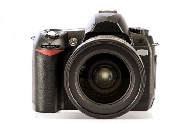 Deretan Kamera SLR yang Masih Diminati Fotografer Hingga Sekarang