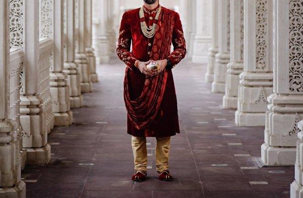शादी में पहनने के लिए पुरुषों के लिए 10 शानदार कुरता पजामा: शादी के इस मौसम में खुद को आधुनिक फैशन के साथ तैयार करनें का सर्बश्रेष्ठ मार्गदर्शन (2019)