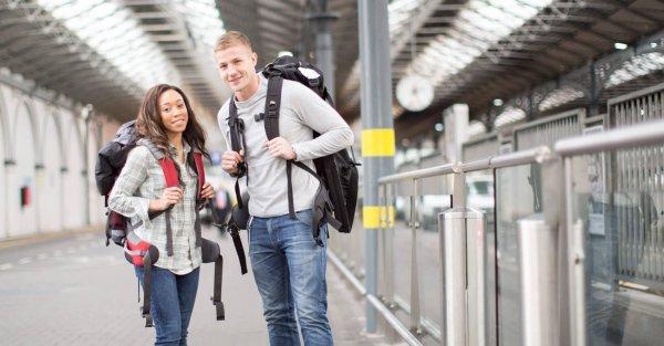 9+ Destinasi Wisata yang Cocok untuk Liburan Murah ala Backpacker!