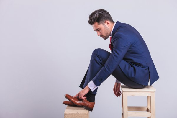 Punya Rencana Beli Sepatu Baru? Cek Dulu 10 Rekomendasi Model Sepatu Pria Terbaru 2020!