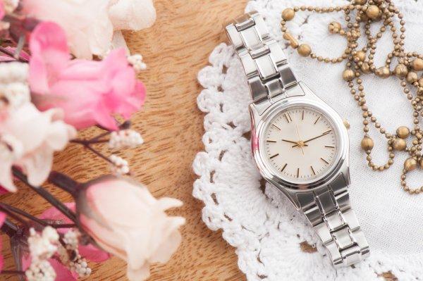 10 Rekomendasi Jam Tangan Wanita Alexandre Christie untuk Gaya yang Lebih Elegan (2020)