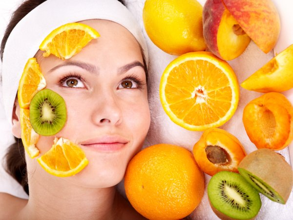 How to Get Glass Skin at Home: DIY Home Remedies and 7 Natural Skincare Products to Help You Achieve it (2020)!