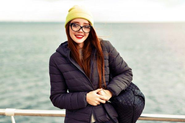 Tetap Trendi dan Fashionable di Musim Hujan dengan Pilihan 9+ Jaket Parka yang Keren