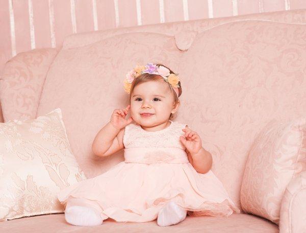 Intip yuk, 11 Gaun Bayi Perempuan Terpopuler dengan Model yang Unik dan Lucu!