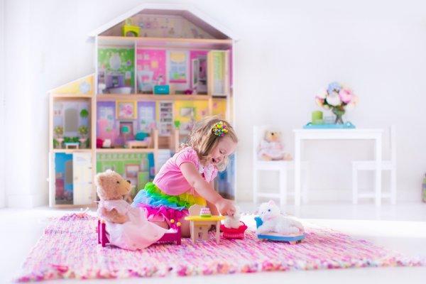 Buah Hati Makin Kreatif dengan 10 Rekomendasi Mainan Anak Perempuan Berikut!