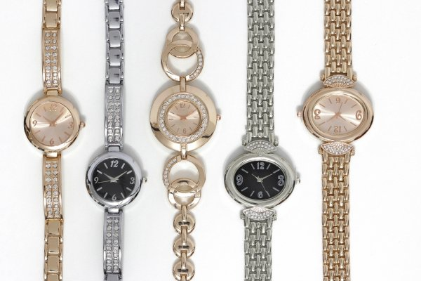 7 Model Jam Tangan Casio Wanita Yang Dijamin Akan Meninggalkan Kesan Yang Mendalam