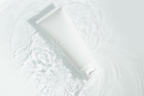 10 Rekomendasi Skincare dengan Kandungan Galactomyces yang Bikin Awet Muda (2021)